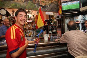 13-06-14 Segovia. Ambiente durante el partido España - Holanda del Mundial Brasil 2014.